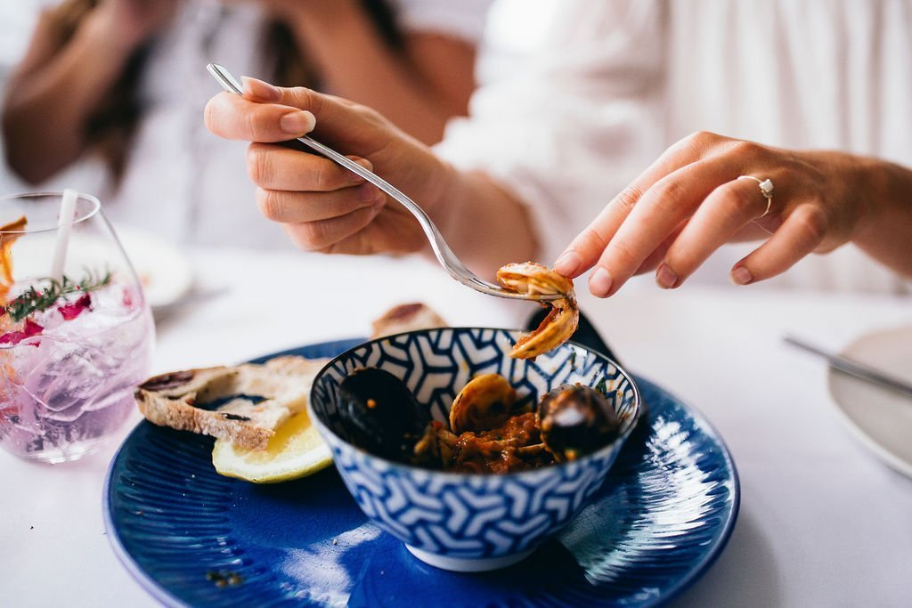 From Casual Eating Houses to Fine Dining Restaurants, We Explore Where to Get the Best Seafood on the Tweed Coast | Tweed Coast Guide